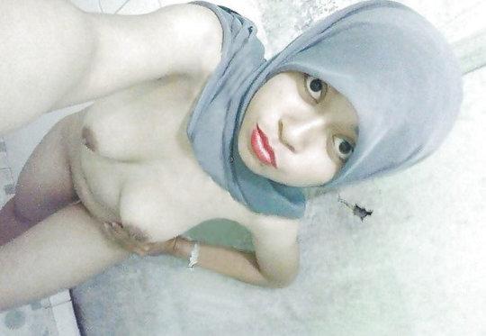 【おっぱいジハード】中東イスラム教の女の子のおっぱいデカ過ぎヌードwwwwwwwww「はい処刑」(画像106枚)・50枚目