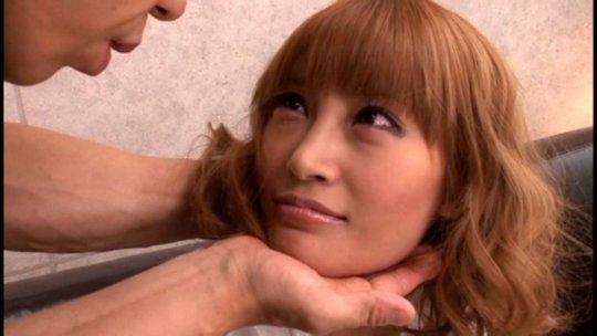 【明日花キララ】アップデートする度に顔が変わるセクシー女優をエロGIFでご覧ください(323枚)・193枚目