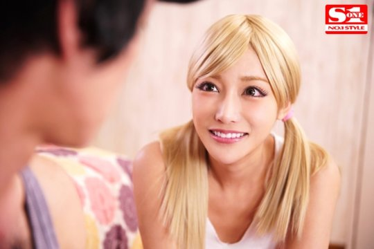 【明日花キララ】アップデートする度に顔が変わるセクシー女優をエロGIFでご覧ください(323枚)・266枚目
