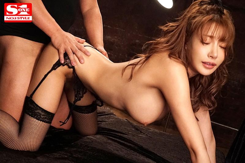 【明日花キララ】アップデートする度に顔が変わるセクシー女優をエロGIFでご覧ください(323枚)・279枚目