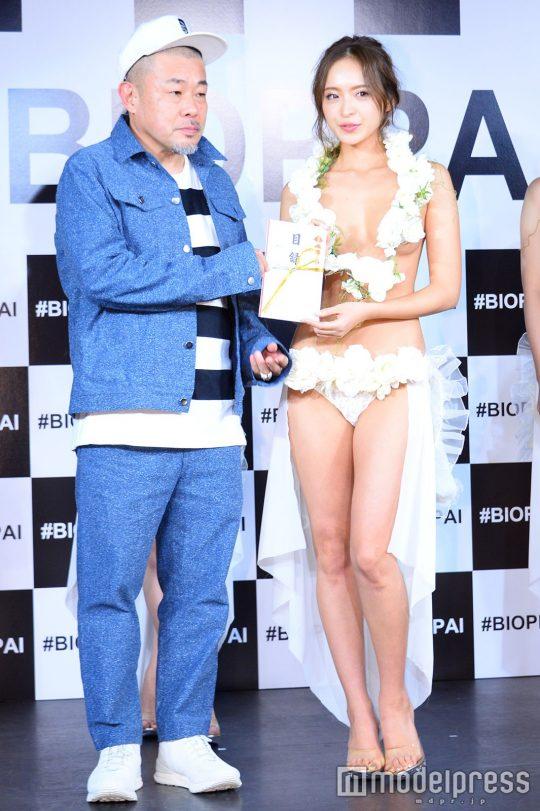 【画像あり】「日本一美しいおっぱいグランプリ」優勝者のおっぱいをご覧下さいwwwwwwwwwwwwwwwwwwwwww・9枚目