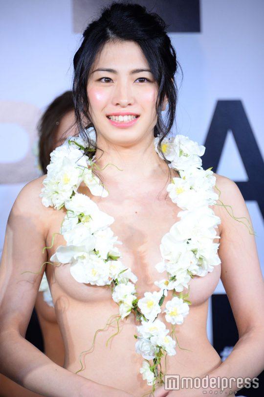 【画像あり】「日本一美しいおっぱいグランプリ」優勝者のおっぱいをご覧下さいwwwwwwwwwwwwwwwwwwwwww・11枚目