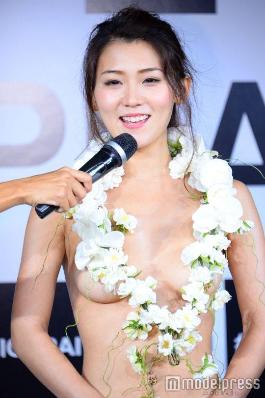 【画像あり】「日本一美しいおっぱいグランプリ」優勝者のおっぱいをご覧下さいwwwwwwwwwwwwwwwwwwwwww・14枚目