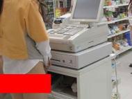 ツイカス「尻出してるコンビニ店員がいた!!」 ← ガチでクソワロタwww
