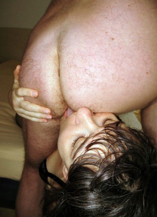 【画像あり】日本人はあまりやらないけど外国人は割とよくやるこの性技wwwwwwwwwwwwwwwwwwww・6枚目
