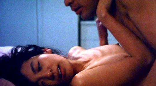 女優の濡れ場おっぱいを並べた結果wwwwww→桐谷美玲だけハプニング乳輪でワロタwwwwwwwwwwwwww(画像あり)・22枚目