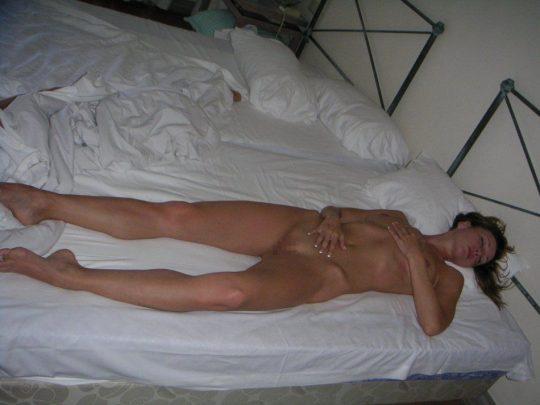 サイコパス「お、セクロス後に彼女裸で寝てるやんけ!写真撮っといたろ!」 → 別れた結果wwwwwwwwwwwwww(画像あり)・13枚目