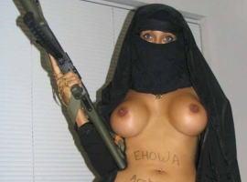 テロとエロ戦いがこちら…。イスラム美女のヌード画像まとめ
