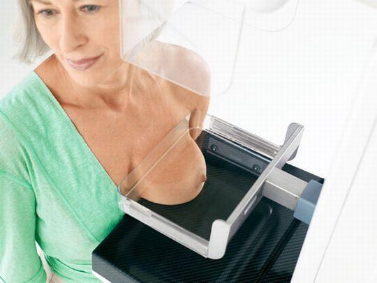 【おっぱい注意】外 国 人 ま ん さ ん の 乳 が ん 検 診 の 様 子 を ご 覧 下 さ い 。(画像あり)・28枚目