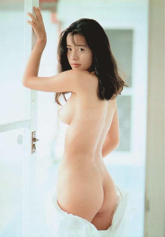 【※朗報】さとう珠緒(43)まだイケる。(画像53枚)・53枚目