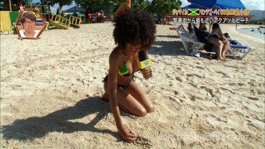 【画像あり】世界さまぁ~リゾート、今週のジャマイカ美女いきなりのブリッジがモロハミ乳してて放送事故寸前wwwwwwwwww・4枚目
