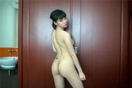 【男性必見】中 国 で 一 番 良 い 身 体 を し た 女wwwwwwwwwwwwwwwwwwwwwwwwwww(画像あり)・2枚目