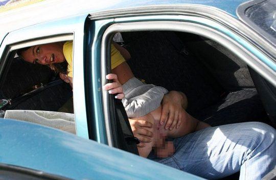 【素人エロ注意】ワイ将、コレ見て次の車検で軽自動車からミニバンへの買い替えを決意wwwwwwwwwwww(画像あり)・15枚目