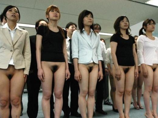 (写真あり)女子店員を並べて陰毛チェックしてみた結果wwwwwwwwwwwwwwwwwwwwwwwwwwwwwwww