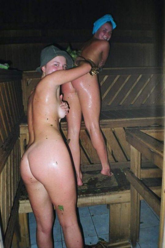 混浴でも水着着用が普通なのに、サウナでは全裸がデフォというフィンランドのサウナ事情、、裏山杉。。。(画像あり)・8枚目