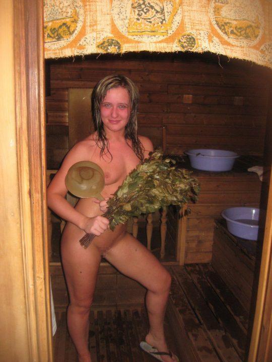 混浴でも水着着用が普通なのに、サウナでは全裸がデフォというフィンランドのサウナ事情、、裏山杉。。。(画像あり)・23枚目