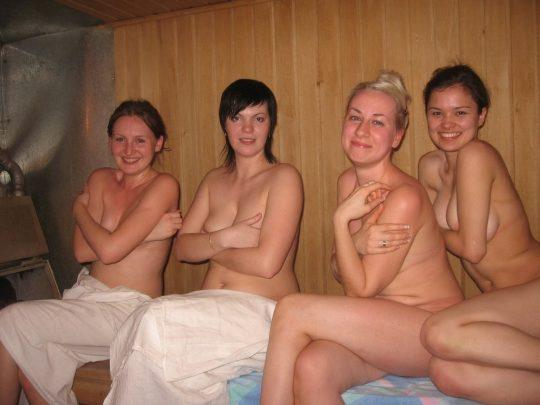 混浴でも水着着用が普通なのに、サウナでは全裸がデフォというフィンランドのサウナ事情、、裏山杉。。。(画像あり)・29枚目
