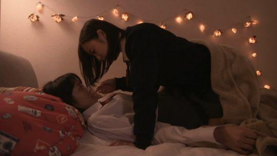 【画像多数】深夜ドラマ「クズの本懐」でJK同士のレズセックス&手マンキタ━━━━ヽ(゚∀゚ )ノ━━━━!!!!(キャプ画像63枚)・8枚目