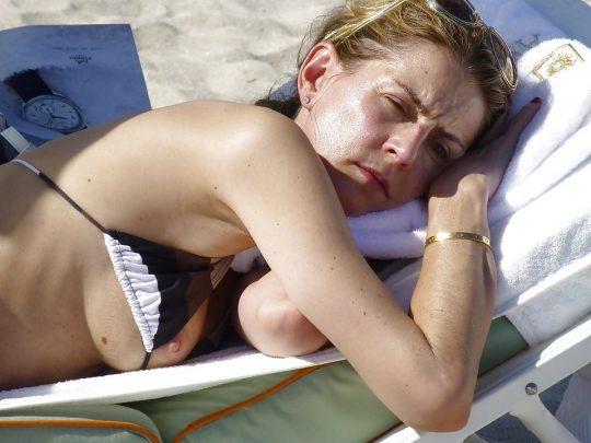 【画像あり】陽気な外国人が集まるビーチに一眼レフもっていった結果wwww 天国ワロタwwwwwwwwwwwwwwwwww・7枚目