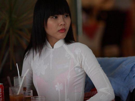 """(伝統)ベトナムの""""アオザイ""""とかいう民族衣装スケルトン具合が桁外れwwwwwwwwwwwwwwwwwwwwwwww(写真あり)"""