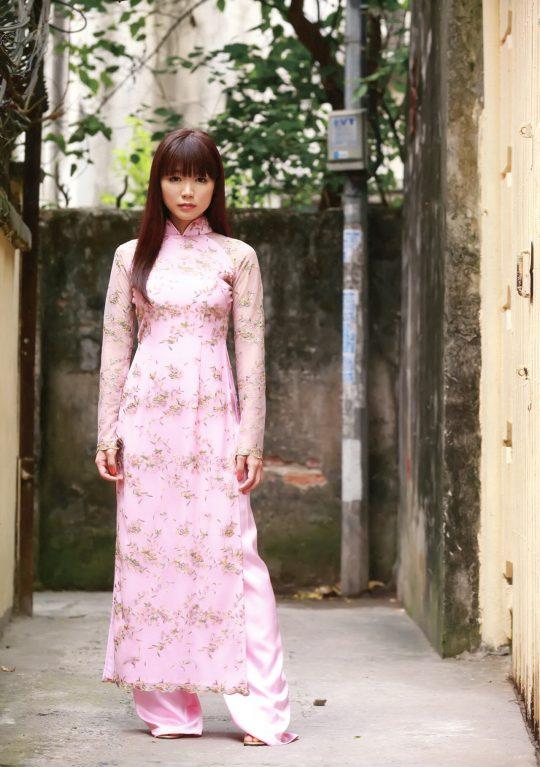 """【伝統】ベトナムの""""アオザイ""""とかいう民族衣装スケルトン具合が桁外れwwwwwwwwwwww(画像あり)・15枚目"""