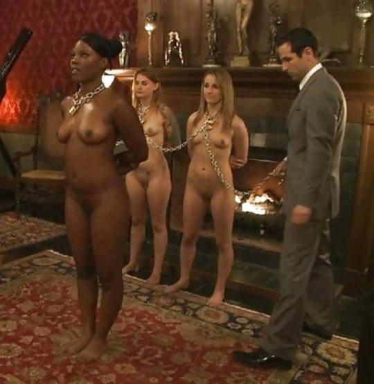 【胸糞】性奴隷として売られた女性をご覧下さい、人権も糞も無くてさすがのワイも勃起出来ん・・・・・(画像130枚)・72枚目