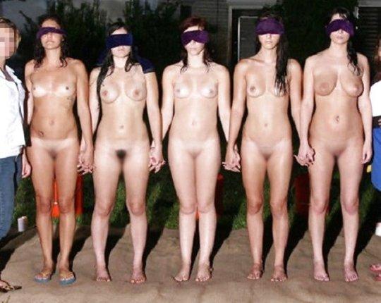 【胸糞】性奴隷として売られた女性をご覧下さい、人権も糞も無くてさすがのワイも勃起出来ん・・・・・(画像130枚)・98枚目