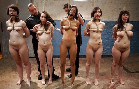 【胸糞】性奴隷として売られた女性をご覧下さい、人権も糞も無くてさすがのワイも勃起出来ん・・・・・(画像130枚)・100枚目