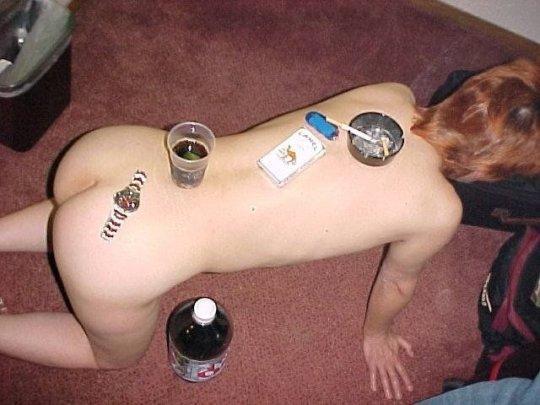 【胸糞】性奴隷として売られた女性をご覧下さい、人権も糞も無くてさすがのワイも勃起出来ん・・・・・(画像130枚)・108枚目
