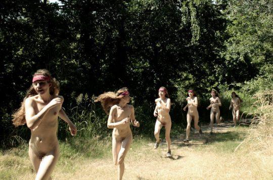 【オープンエロス文化】ワイ将こういう全裸イベントが余裕で開催される外国文化が羨まし過ぎて咽び泣く。。。(画像30枚)・13枚目