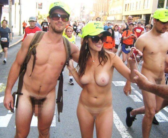 【オープンエロス文化】ワイ将こういう全裸イベントが余裕で開催される外国文化が羨まし過ぎて咽び泣く。。。(画像30枚)・30枚目