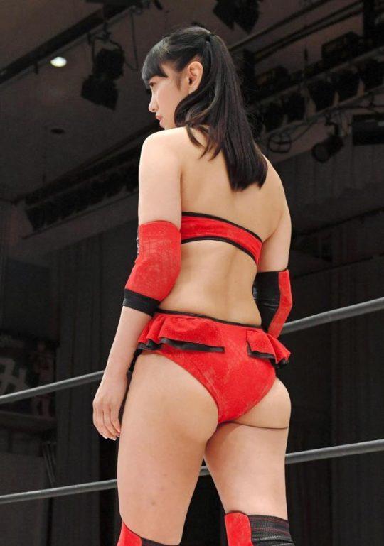【ガイジ】元女子アナの脊山麻理子さん、とんでもない下着姿でイベントに登場するwwwwwwwwwwww(画像多数)・7枚目
