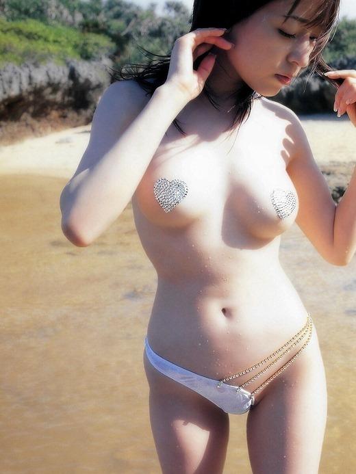 【ガイジ】まんのもの「裸はあかんでしょ・・・よし!チクビにシール貼ったろ!」 ← この風潮wwwwwwwwwwwwww(画像あり)・9枚目