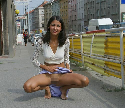【美形多数】インド人まんさん、欧米移住からカースト脱出すると何故かすぐ裸を晒す説wwwwwwwwww(画像30枚)・24枚目