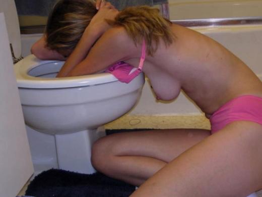 (泥酔注意)酔い潰れた女共の末路がコチラ・・・そらヤラれるわコレは。。。(写真あり)