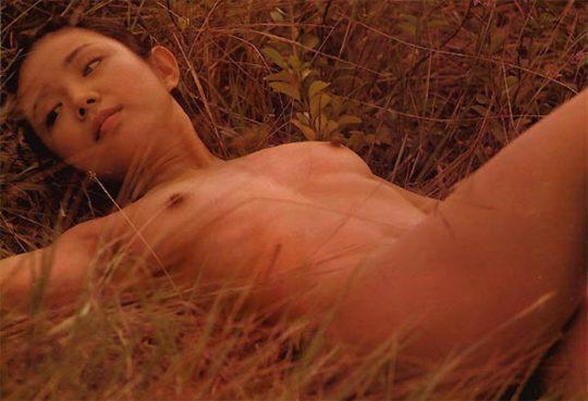【有能監督】ベテラン女優が存在感を見せつける渾身の濡れ場、実は半分以上はストーリーに関係無いって事おまえら知ってる?wwwww(画像あり)・16枚目