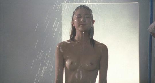 【有能監督】ベテラン女優が存在感を見せつける渾身の濡れ場、実は半分以上はストーリーに関係無いって事おまえら知ってる?wwwww(画像あり)・23枚目