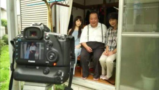【日本の恥晒し】妻子持ちのラブドールマニア、世界のニュースで紹介されるwwwwこれアカンやろwwwwwwwwww(画像あり)・16枚目