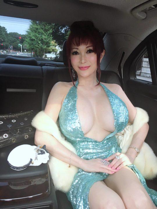 【肋骨抜きまくり】叶美香さん、齢50前にしてとうとうリアルONE PIECEみたいな体型(最終形態)になるwwwwwwwwwww(画像あり)・9枚目