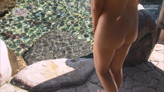 【有能CS番組】もっと温泉に行こう、お尻はセーフと調子に乗った結果アナルまで見える放送事故・・・アカンでしょ。(画像あり)・22枚目