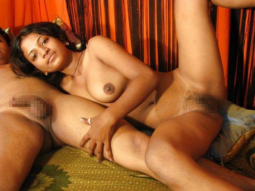 【褐色美人】日本人には馴染みの少ないインド系外国人、乳首の色以外は正直アリだよなwwwwwwwwww(画像30枚)