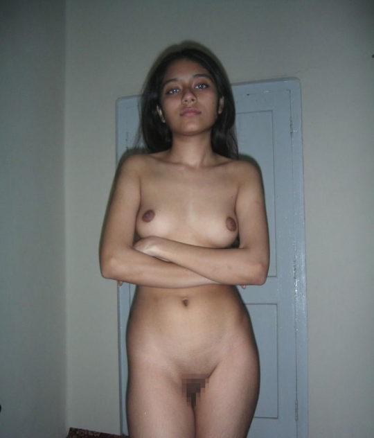 【褐色美人】日本人には馴染みの少ないインド系外国人、乳首の色以外は正直アリだよなwwwwwwwwww(画像30枚)・7枚目