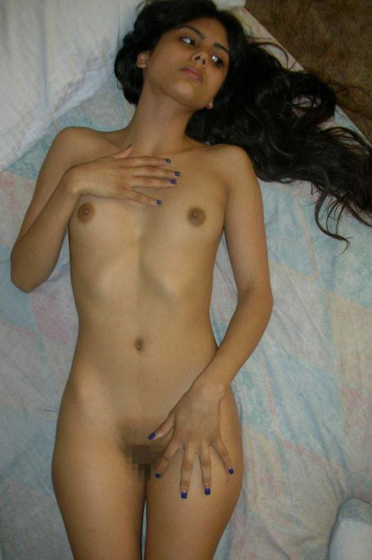 【褐色美人】日本人には馴染みの少ないインド系外国人、乳首の色以外は正直アリだよなwwwwwwwwww(画像30枚)・25枚目