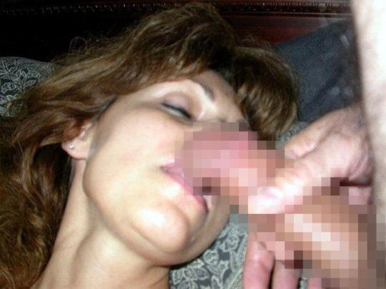【本能】熟睡中の彼女の口にチンコ近づけてみた結果wwwwwwwwwwwwwwwwwww(画像あり)・9枚目