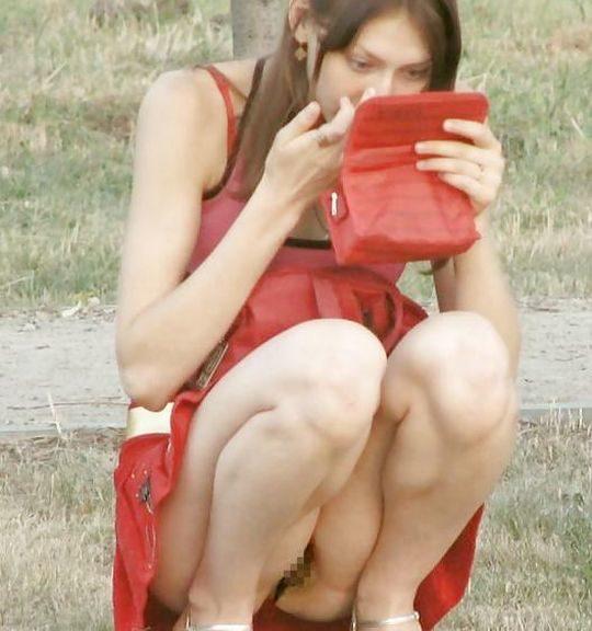 【外人あるある】外人盗撮ニキ「ミニスカやんけ、パンツ撮ったろw」まんさん「残念でしたー、ノーパンなので撮れませーんw」←コレwwwwwwwww・19枚目