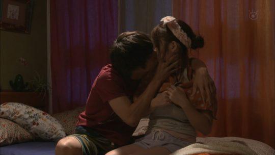 """【ファン必見】元AKB48川栄李奈、ドラマ""""僕たちがやりました""""で放送時間の半分セックスするというまさに神回ワロタwwwwwwwwww(画像あり)・7枚目"""