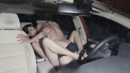 【強メンタル】ラブホが無い海外のセックス事情がコチラ・・・(画像30枚)・2枚目