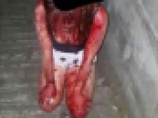 (閲覧注意)リンチ速報☆血まみれ土下座写真をsnsでアップ、女子JCの凄惨な虐め写真が世界的に話題に。「人間のする事じゃねぇ」「これはマジキチ」「吐いた」(写真あり)