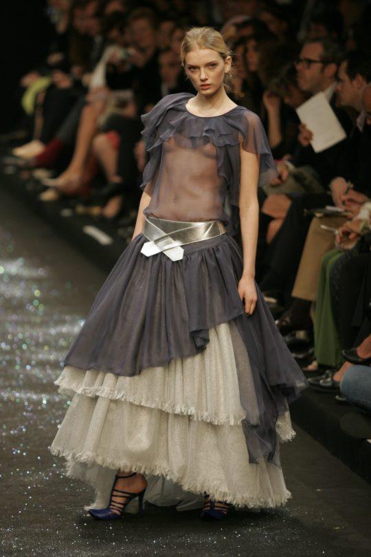 【ノーガード】海外ファッションショーとかいう乳首鑑賞会、日本と違い過ぎワロタwwwwwwwww(画像、GIFあり)・25枚目