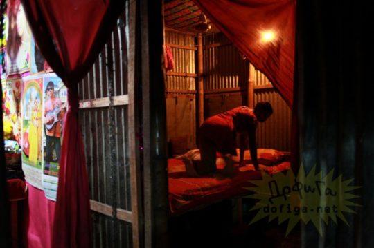 バングラデシュの売春宿の様子をご覧下さい。 ← 魂の抜けた子供多杉て泣いた。。(画像あり)・12枚目